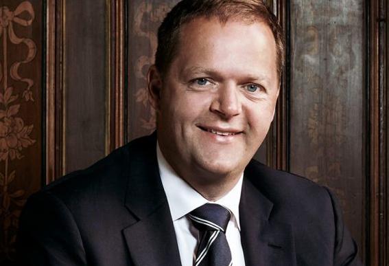Peter Sundstrom ledning